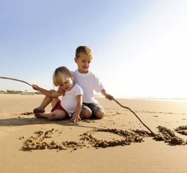 Tips για να μην βαριέται το παιδί στο ταξίδι με το πλοίο